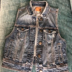 American Eagle Denim Vest - Size S